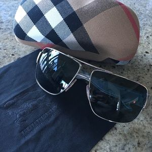 Men's Burberry glasses with case and cloth